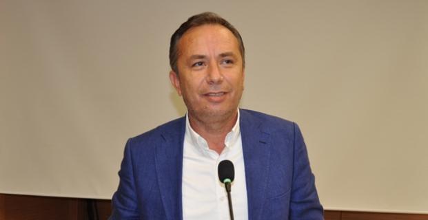 """ONLAR KONUŞUR, YAPARSA AK PARTİ YAPAR"""