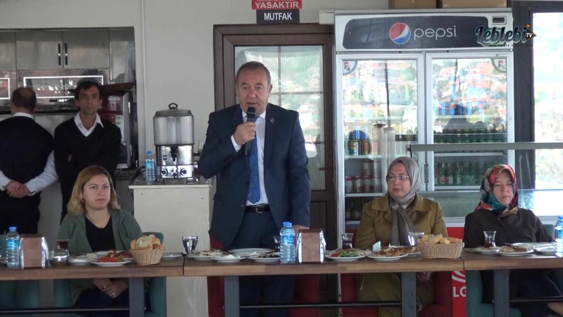 BAŞKAN ŞAHİNER, KADINLARLA SUNGURLU'YU KONUŞUYOR