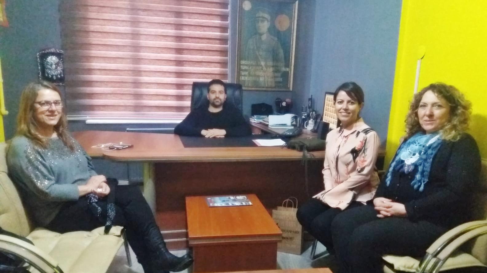 CHP'Lİ KADINLARDAN KUTLAMA ZİYARETİ