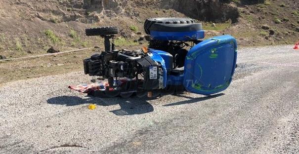 Yine Traktör Kazası 1 Ölü, 3 Yaralı