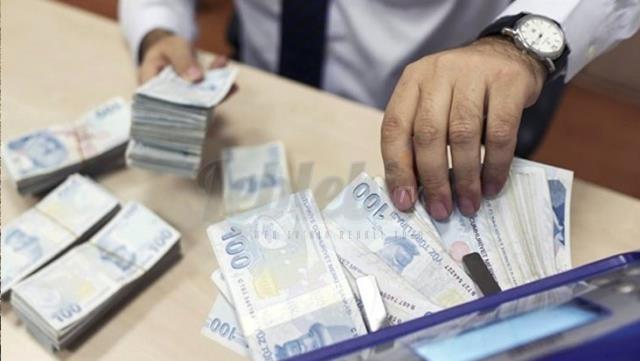 Esnafın Halk Bankası Kredilerinde Gecikme Faizlerinden Vazgeçilecek