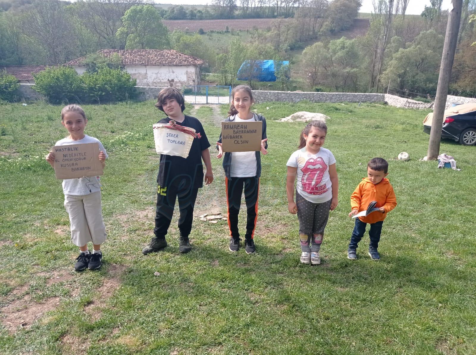 Mehmet Bektaş Torunuyla Uzaktan Bayramlaştı