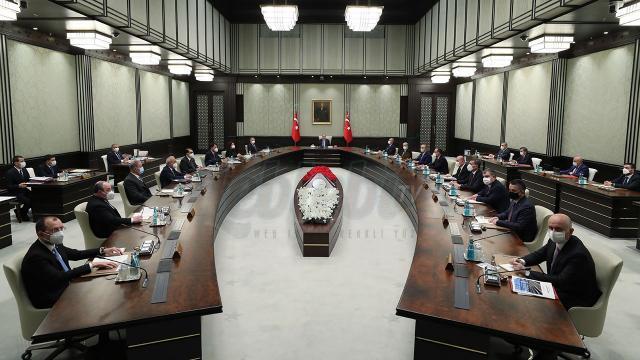 Kabine Toplantısı Erkene Alındı: Gündem Koronavirüs