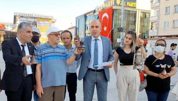 """""""Milleti İdare Lambasına Muhtaç Ettiler"""""""