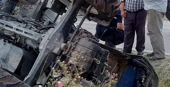 Traktör Devrildi: 1'i Çocuk 6 Yaralı