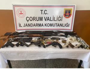 Jandarmadan Silah Simsarlarına Operasyon