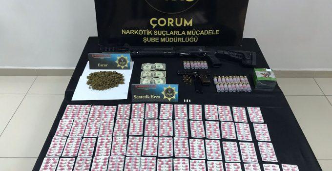 Çorum'da Uyuşturucu Ve Silah Operasyonu