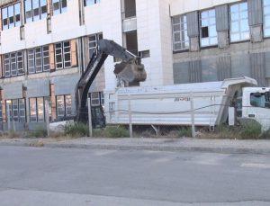 Belediye'nin Yeni Hizmet Binasında Çalışmalar Başladı