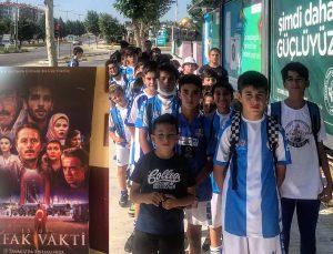 """Vefaspor Kulübü Sporcuları """"Şafak Vakti 15 Temmuz"""" Filmini İzledi"""