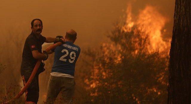 160 Yangın Kontrol Altına Alındı, 14 Noktada Alevlere Müdahale Ediliyor! İşte İl İl Son Durum