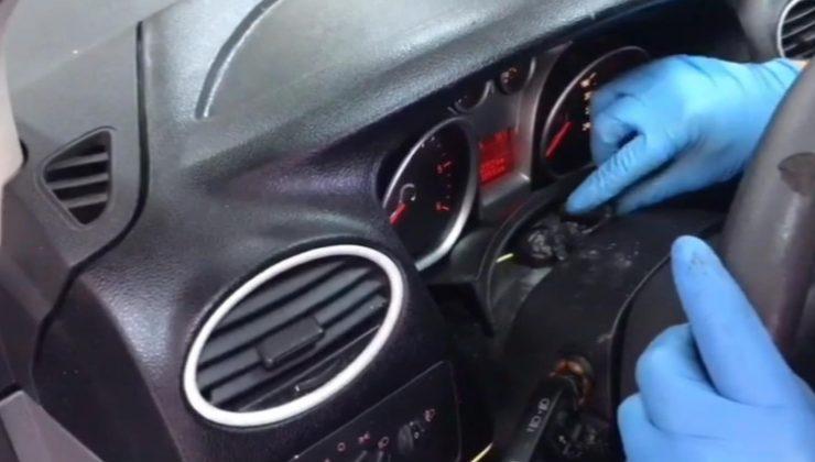 Durdurulan Aracın Direksiyon Ve Motor Bölümünden Uyuşturucu Çıktı
