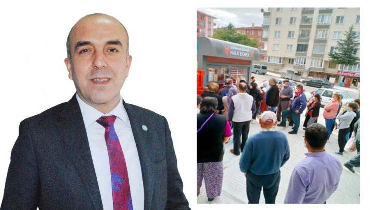 """Bu AKP Milleti Ekmek Kuyruğuna Mahkum Etti"""