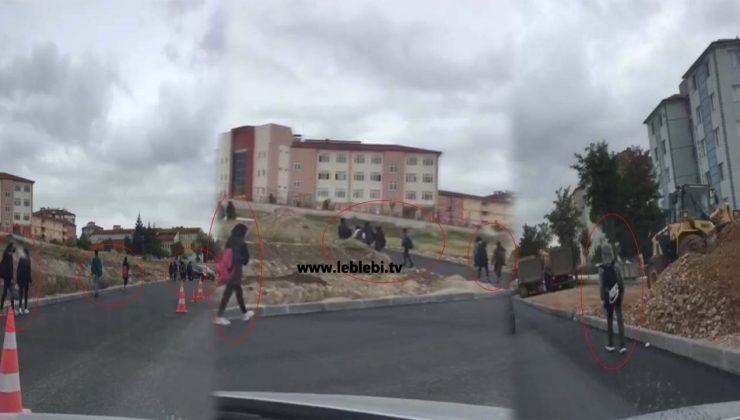 Belediyenin Bitmeyen Yol Çalışmaları Öğrencileri Mağdur Ediyor!