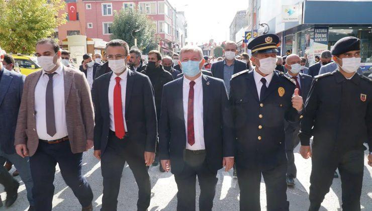 Osmancık'ta Cumhuriyet İçin Yürüdüler